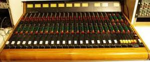 Studio Series DAW Mixing Board