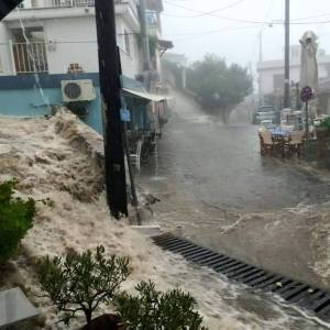 floods-greece